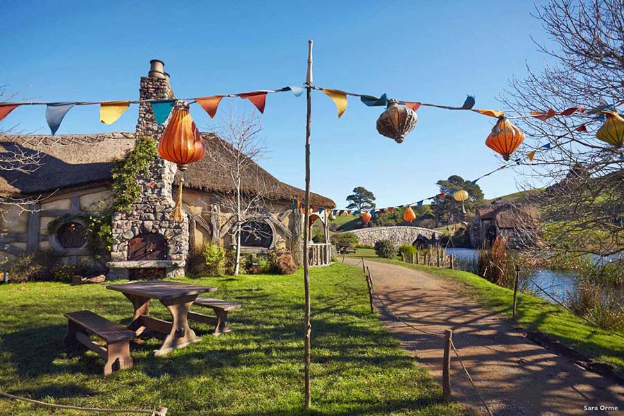 Hobbiton Movie Set New Zealand Lord of the Rings tour
