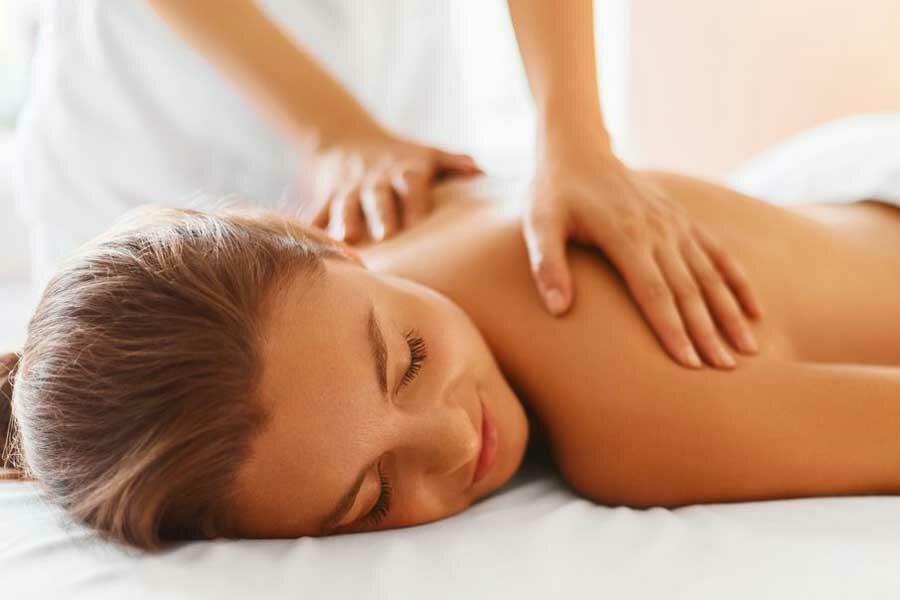 spa-woman-female-enjoying-massage-in-spa-centre-queenstown